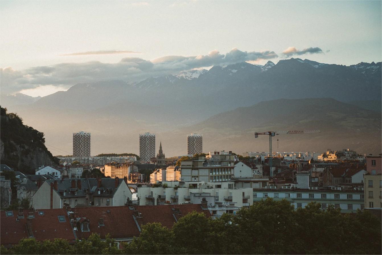 Marché immobilier : les villes moyennes s'en sortent mieux